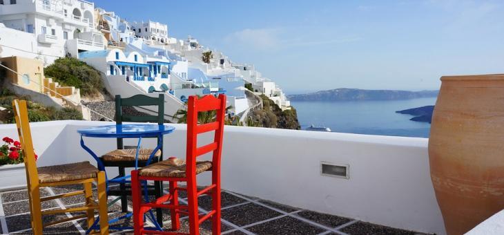 Гърция обмисля да отвори по-рано ресторантите
