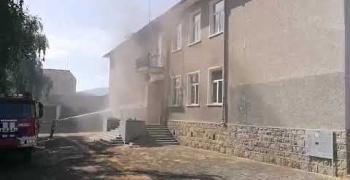 27-годишен мъж е запалил училището в Тъжа