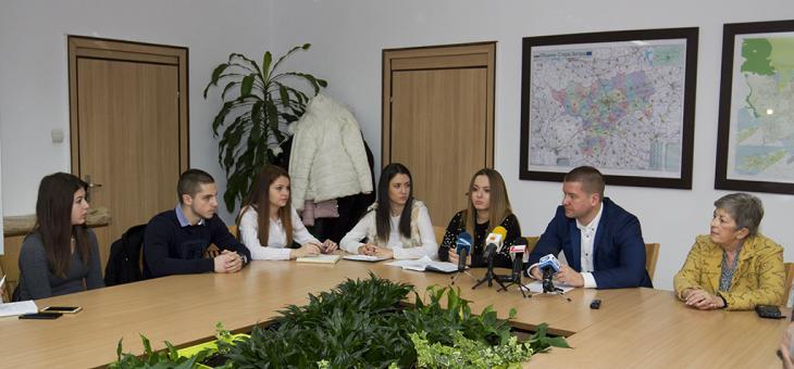 Отново питат младите за бъдещето на Стара Загора
