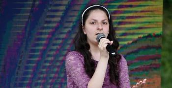 10-годишната Йоана от Стара Загора печели конкурси с талант и красив глас