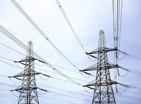 Екипи работят за възстановяване на електрозахранването