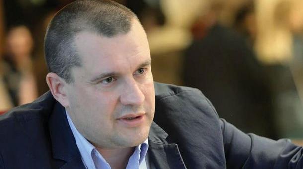 Румен Радев освободи началника на кабинета си Калоян Методиев
