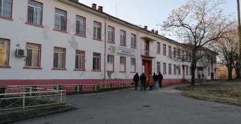 Студенти започнаха стаж в Клиниката в Стара Загора, където е украинецът със съмнение за коронавирус