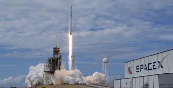 Българи са в екипа, работил за изстрелване на ракетата на SpaceX