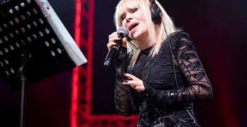 Лили Иванова празнува рожден ден
