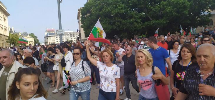 Мая Манолова ще пали протоколи от изборите пред ЦИК