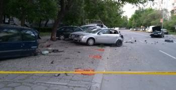 В Пловдив пиян шофьор удари пет коли