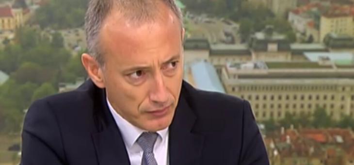 Министър Вълчев: Нашата цел е да има максимално присъствено обучение