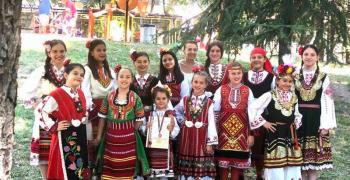 """Награди за децата от ДЮНХ """"Жарава"""" при старозагорско читалище"""
