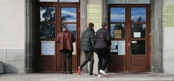 Окръжният съд в Стара Загора потвърди домашния арест на 18-годишния шофьор, блъснал трите момичета