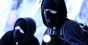Маскирани обраха бензиностанция в Казанлък