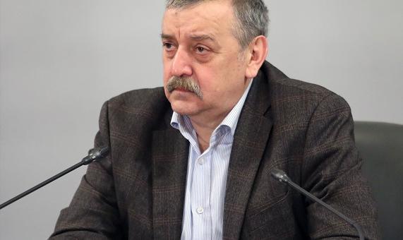 Проф. Кантарджиев: Ще имаме много новозаразени, ако не спазваме мерките през зимата