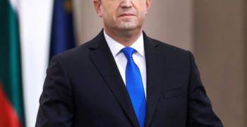 Румен Радев насрочи изборите на 4 април