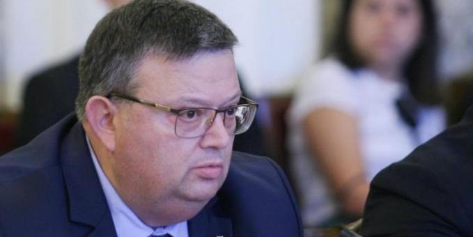 Прокуратурата подкрепи отпадането на съкратеното производство за умишлено убийство