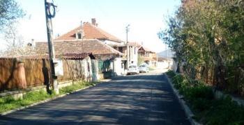 ВМРО пита дали кмет на старозагорско село ходи на работа