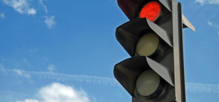 """Без светофарна сигнализация на кръстовището на бул. """"Цар Симеон Велики"""" и ул. """"Св. Отец Паисий"""""""