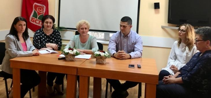 БСП-Казанлък: 500 лева да получават пълнолетни родители за новородено дете