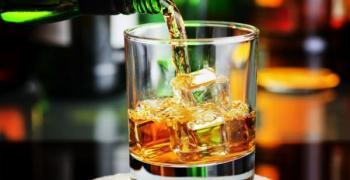 Мъж открадна уиски за 1000 лева